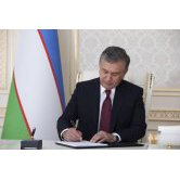 "President signs the law ""On guarantees of equal rights and opportunities for men and women"""