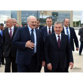 Presidents visit Uzbekistan Industrial Exhibition in Minsk