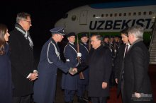President Shavkat Mirziyoyev arrives in Berlin