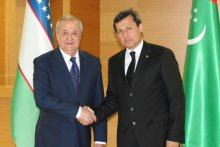 FOREIGN MINISTERS OF UZBEKISTAN AND TURKMENISTAN MEET IN ASHGABAT