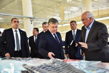 PRESIDENT BECAME FAMILIARIZED WITH HYDROPONIC GREENHOUSE IN AKDARYA DISTRICT