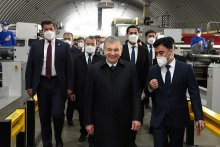 The President of Uzbekistan visited the textile enterprise in Chust district