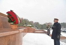 PRESIDENT OF AFGHANISTAN LAID FLOWERS AT THE MONUMENT OF INDEPENDENCE AND HUMANISM